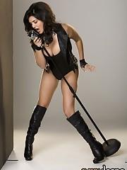Beautiful dark haired honey Sunny Leone..