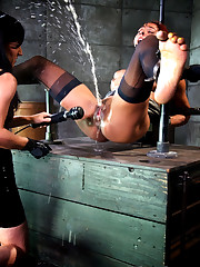 Ebony hump slave is masturbated until..