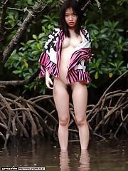 Young Asian naturist Maiko Kazano