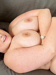 Welsh Whoppers - Sarah Jane photos - XL..