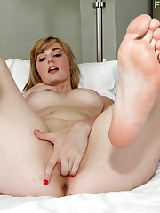 Showing Xxx Photos for Alice nysm feet..