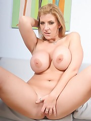 Putaria Extrema Sara Jay