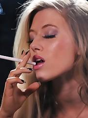 Smoking Ladies Lounge: Michelle..