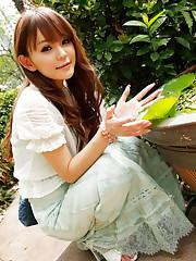 emiri okazaki idol - high-res photo :
