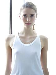 Taryn Davidson-polaroid-008 - GCeleb -..