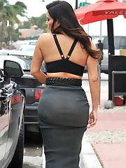Kim Kardashian Big Weekend O See..