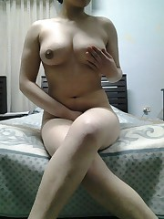 My huge-chested ex gf posing naked for..