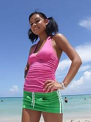 Hot teen Ruby Knox beach wee tits