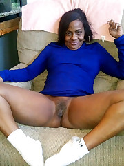 Naked mature black woman! Just watch!..