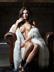 Alexandra tyler in a la mode nude (5) -..