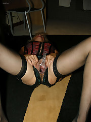 Mature girl masturbating with fucktoys..