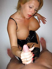 These sexy mature women want erect..
