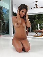 Nicole Grey Pussy Closeups at..