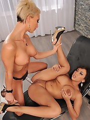 beautiful Lesbianas 6 gir on girl Girl..