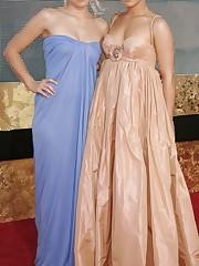 Kristen Bell Hayden Panettiere Lesbians..