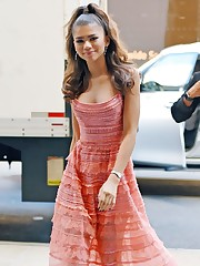 ZENDAYA Out and About in New York 10 03..