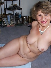 Amateur Mature porn pix mix up