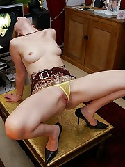 This fledgling MILF looking and posing..