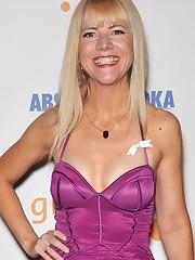 Jennifer Elise Cox Profile BioData..