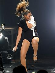 Beyonce stellar aux Yankee Music Awards..