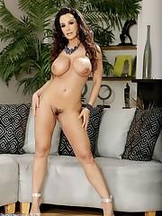 Lisa Ann Venus
