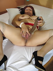Housewife frolicking with her wet..