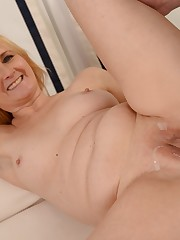 Ash-blonde slut gets penetrated and he..