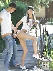 Doris Ivy - Skater Girl outdoor..