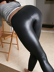 Spank My Shiny Arse - Free Porn Jpg