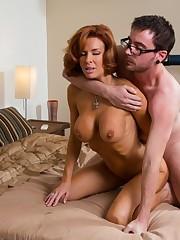 Super hot  Veronica Avluv enjoys..