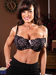Pornography Photo From Lisa Ann Purple..