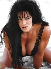 Чина 8 x фото WWE Diva..