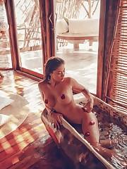 Arianny Celeste Showcasing Her..