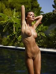 Barbara bare in photos from Hegre-Art