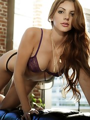Playboy Friends Beautiful Girls:..