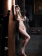 Celebs Models Archives - of 113 -..